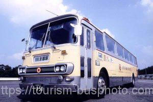 三菱ふそう B906R